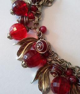 Vintage 50s cherry red lucite dangl charm bracelet
